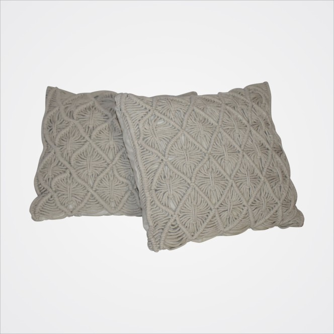 Cushion Cream Macrame (square)