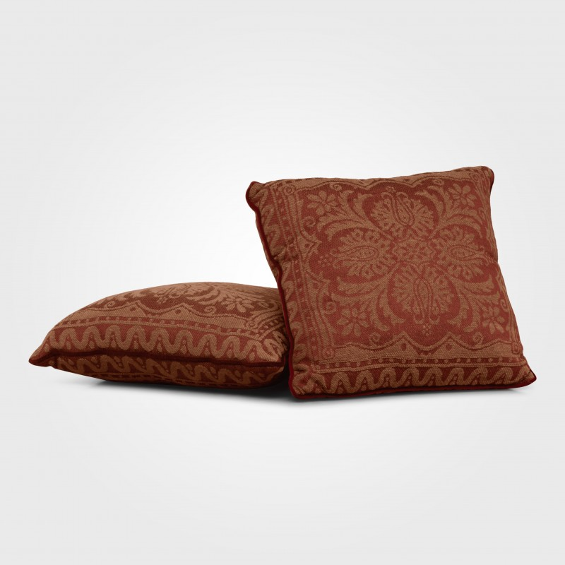 Cushion (Red pattern)