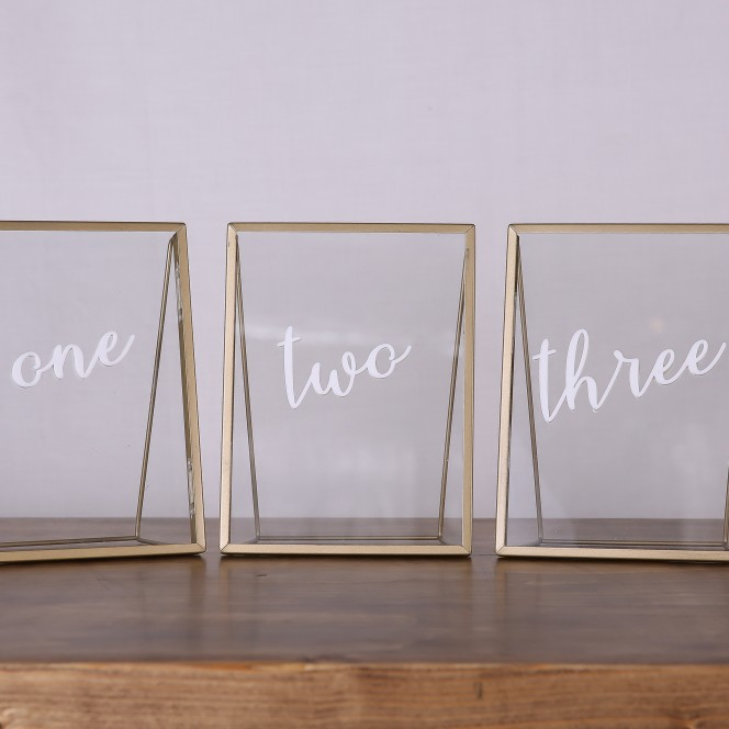 Table number - Gold frame with acrylic numbers